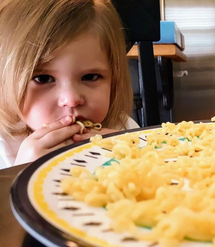 Une étude a révélé comment les enfants aiment qu'on leur serve la nourriture en fonction de leur âge et de leur sexe